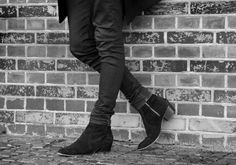 Stockholm Boot Black by Carl Antonio fashion for men Street Fashion, Men's Fashion, Mens Suede Boots, Best Looking Shoes, Gentleman Shoes, Casual Outfits, Men Casual, Men Looks, Black Boots