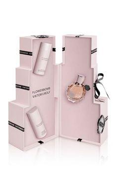 Flowerbomb coffret « luxe », Viktor & Rolf - Cadeaux nude : Nos idées de cadeaux…