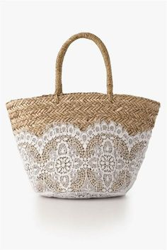 Florabella // Nimes Large Seagrass and Lace Tote Diy Accessoires, Ibiza Fashion, Basket Bag, Summer Bags, Shopper, Straw Bag, Purses And Bags, Pouch, Tote Bag