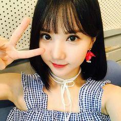Cute selca bunny Eunha