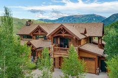 View this luxury home located at 151 Blue Sage Lane Snowmass, Colorado, United States. Sotheby's International Realty gives you detailed information on real estate listings in Snowmass, Colorado, United States. Craftsman Style Homes, Luxury Real Estate, Perfect Place, Home And Family, Cabin, Rustic, Architecture, House Styles, Places