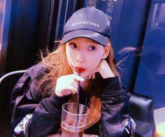 Imagen de taeyeon, snsd, and girls generation Kim Hyoyeon, Sooyoung, Yoona, Snsd, Taeyeon Jessica, Girls Generation, Girls' Generation Taeyeon, Lee Hyori, Kpop Girl Groups