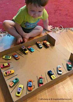 Cajones para estacionar cochecitos con números ideales para aprender los numeros