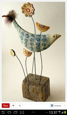 North Yorkshire Open Studios - Artist Shirley Vauvelle- this is ceramic but what about soft sculpture? Clay Birds, Ceramic Birds, Ceramic Clay, Ceramic Pottery, Clay Projects, Clay Crafts, Arts And Crafts, Sculptures Céramiques, Wood Sculpture