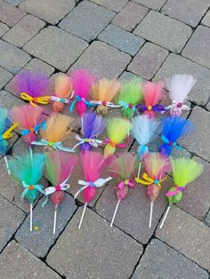 Items similar to Troll pops party favor 36 pack. Put your hair in the air with these cute party favors. Made in any color combinations, just ask! This listing is for a 12 pack of assorted c… Festa do trolls Arts And Crafts Ideas Trolls Birthday Party, Troll Party, 3rd Birthday Parties, Unicorn Birthday, Unicorn Party, Birthday Party Decorations, Party Themes, Birthday Gifts, Party Ideas