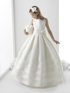 Cheap Flower Girl Dresses, Buy Directly from China Suppliers:Pageant Ball Gowns For Girls Flower Girl Dress Holy First Communion Dresses For Weddings Vestidos De Primera Comunion Gowns For Girls, Tutus For Girls, Girls Dresses, Cute Flower Girl Dresses, Flower Girl Tutu, Flower Girls, Holy Communion Dresses, Moda Formal, Girls Party Dress