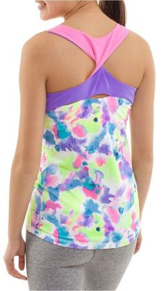 Twist with ease in sweat-wickig Luon® fabric tank flat seamed twisted straps | Everyday Anywhere Tank
