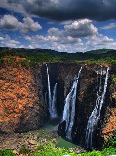 Jog Falls, the highest plunge waterfall in India. Near Sagara, Karnataka. Jog Falls, Ice Photo, Hdr Photography, Snow And Ice, Beautiful Waterfalls, Karnataka, Incredible India, Cool Photos, Beautiful Places