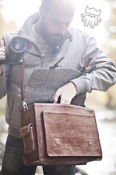 locho DSLR brown satchel (camera backpack or shoulder bag)