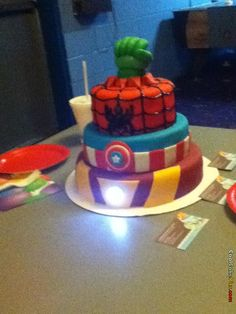 Avengers cake!! My little man is going to love a cake like this!