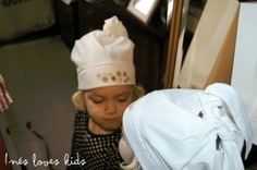 ropa-bebe-inesloveskids Baseball Hats, Fashion, Caps Hats, Needlepoint, Moda, Baseball Caps, Fashion Styles, Fashion Illustrations, Baseball Cap
