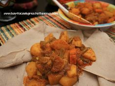 Ethiopian vegetable wot or wet or even wat with injera or enjera www.howtocookgreatethiopian.com