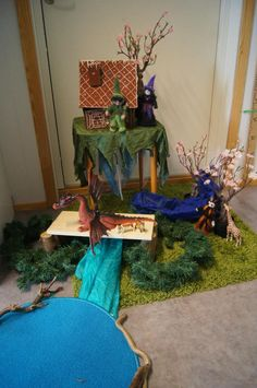 """""""Here, children can construct their own model environment and landscape..."""" at Fantasifantasten ≈≈ http://www.pinterest.com/kinderooacademy/provocations-inspiring-classrooms/"""