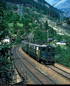 High quality photograph of SBB Re I # SBB 10014 at Wassen, Switzerland. Station To Station, Swiss Railways, Photograph, Fancy, Vehicles, Board, Life, Railings, Locomotive