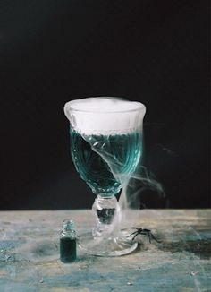 """Gemini Slytherin♊️🐍""""We Slytherins are brave, yes, but not stupid. Slytherin Pride, Slytherin House, Slytherin Aesthetic, Harry Potter Aesthetic, Ravenclaw, Hogwarts Mystery, Hogwarts Houses, Cocktails Halloween, Cocktails Gif"""