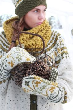 VIBEKE DESIGN: Warm clothing in the winter cold!