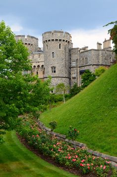 Summer time in Windsor Castle Channel Islands, Windsor Castle, British Isles, Northern Ireland, Summer Time, Palace, United Kingdom, Scotland, Places To Visit