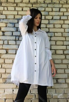 FREE SHIPPING White Loose Shirt / Long Sleeved Top / by Fraktura