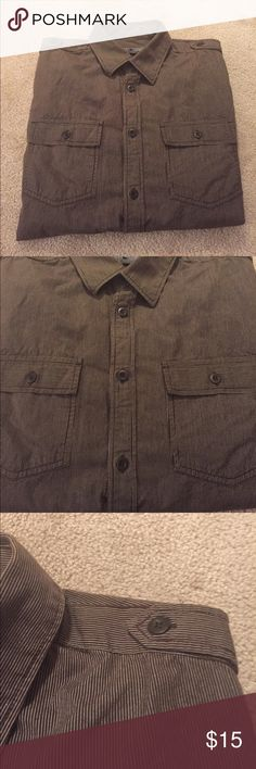 Men's Striped Pocket & Shoulder Button-down - M Excellent condition. No rips, stains, or tears. Old Navy Shirts Casual Button Down Shirts
