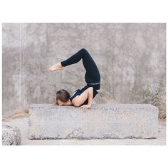 Online shopping from a great selection at Beauty & Personal Care Store. Yoga Challenge, Asana, How To Do Yoga, Namaste, Yoga Fitness, Yoga Pants, Dancer, Ballet, Personal Care