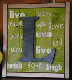 The Unusually Unusual Farmchick: Pallet sign making DIY link love