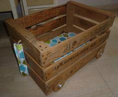 Chariot à jouets rétro/indu en bois (collection Nantes)