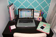 College Prep: Organize, Please... Desks (again)