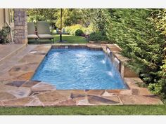 Roman/Grecian Pool - Home and Garden Design Idea's