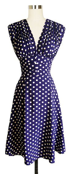 Trashy Diva 1940's Dress | Vintage Inspired Dress | Big Polka - whats better than polka dots?!?!  now to find the right shoes and socks...