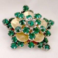 Barclay Vintage Emerald Green Rhinestone Pin #barclay