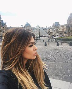 Balayage on brown hair Dark Hair, Brown Hair, Ash Brown, Hair Color And Cut, Brunette Hair, Baylage Brunette, Brunette Beauty, Blonde Hair, Balayage Hair
