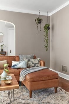 Winter Calm by Valspar. Valspar Says These 12 Colors Will Be Everywhere in 2020 Paint Companies, Paint Brands, Valspar Paint Colors, Color Paints, Paint Colours, Trending Paint Colors, Living Room Colors, Taupe Living Room, Living Room Paint