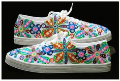 Paint Anna's white Converse sneakers like this.
