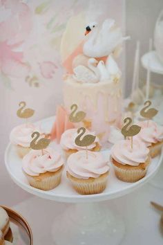 The Little Big Company 's Birthday / Swan theme - Photo Gallery at Catch My Party Carnival Birthday Parties, First Birthday Parties, Birthday Party Themes, First Birthdays, Birthday Ideas, Birthday Cupcakes, Princess Birthday, Princess Party, Baby Birthday
