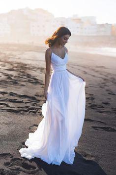 54c7037bb2f82 Blammo-Biamo Iymi (1) White Wedding Gowns, Designer Wedding Dresses, White