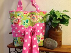 Love this summery tote bag by Pickle Pudding. Love the name too. It makes me laugh.