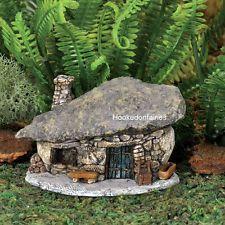 Miniature Micro Rock Top Troll House  GO 17446 Fairy Garden Dollhouse Terrarium #microjardines #miniaturefairygardens