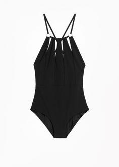 01edb9c5d3428f swimwear ·   Other Stories   Circle Swimsuit Maillot De Bain, Accessoires,  Maillot De Bain Noir