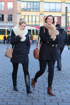 On the streets of Berlin. [Photo by Kirsten Kortebein] Fur Fashion, Fashion News, Winter Fashion, Daily Fashion, Berlin Street Style, Street Style Women, German Street Fashion, International Fashion, Different Styles