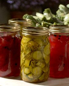 These pickles make a great accompaniment to the famous Zuni Hamburgers served at the Zuni Caf; in San Francisco. The restaurant's chef and owner, Judy Rodgers, shared the recipe with us.