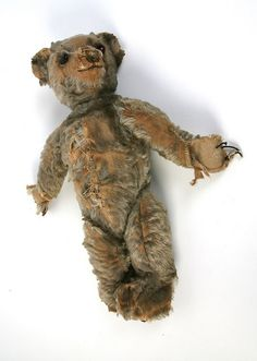 Antique Steiff bear, much loved