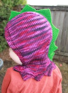 Free knitting pattern for Dinosaur Hood - Designed by Julia Farwell-Clay, this full hood is designed for a toddler but many knitters have customized it for all ages including adult. Baby Hats Knitting, Knitting For Kids, Knitting Yarn, Free Knitting, Knitted Hats, Knitting Projects, Knitted Animals, Knitting Ideas, Animal Knitting Patterns
