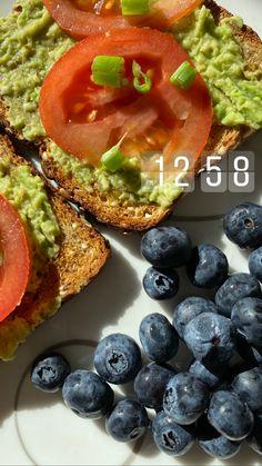 Avocado Toast, Food Ideas, Healthy Recipes, Breakfast, Morning Coffee, Healthy Eating Recipes, Healthy Food Recipes, Clean Eating Recipes, Healthy Diet Recipes