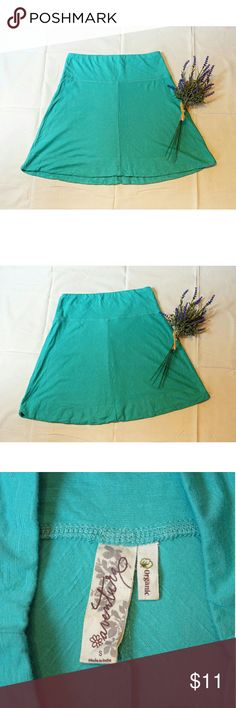 """Aventura cotton skirt Cute pale green skirt is perfect for summer!  Never worn! 60% organic cotton, 40% bamboo rayon. 14"""" waist, 18"""" in front, 19.5"""" in back. Aventura Skirts Mini"""