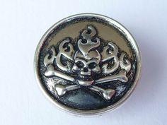 ...taffe Helm-Beads oder auch solo zum klicken findet man bei www.taffe-stücke.de