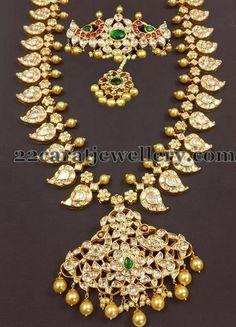 Jewellery Designs: Mango Mala with Bajuband Ruby Jewelry, India Jewelry, Trendy Jewelry, Wedding Jewelry, Gold Jewelry, Jewelery, Gold Necklaces, Diamond Jewellery, Pandora Jewelry