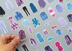 questionamentos pra comprar menos, mas melhor: no blog da Oficina http://www.oficinadeestilo.com.br/blog/tag/como-consumir-melhor/