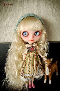 "Custom ""Lady in the Garden"" Blythe Doll by funtland"