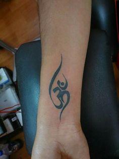 #om #shiva #lordshiva #lord #black #rajkottattoo #rajkot #rds #rdstattoo #rdstattoostudio #dhaivatlakhlani #tattoobydhaivatlakhlani