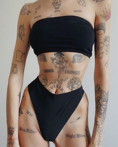 Dope Tattoos, Mini Tattoos, Body Art Tattoos, Tatoos, Piercings, Small Girl Tattoos, Tattoos For Women, Resilience Tattoo, Tattoed Women